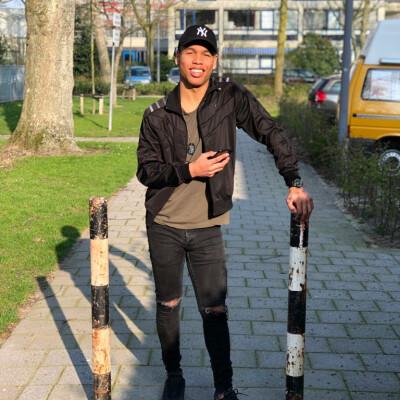 Quinton zoekt een Kamer / Studio / Appartement in Rotterdam
