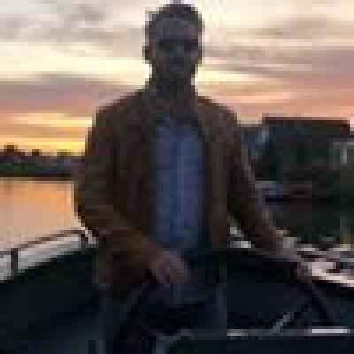 Kevin zoekt een Appartement / Huurwoning / Kamer / Studio / Woonboot in Rotterdam