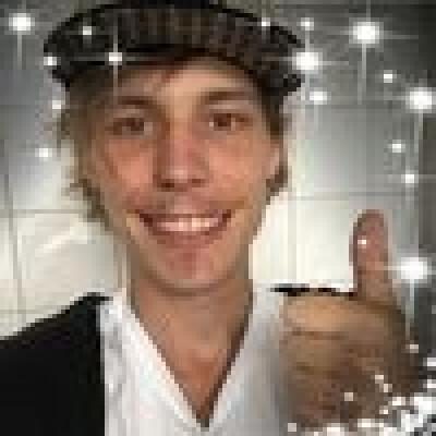 Timo zoekt een Appartement / Huurwoning / Kamer / Studio / Woonboot in Rotterdam