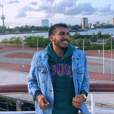 Avinash zoekt een Appartement / Huurwoning / Kamer / Studio in Rotterdam