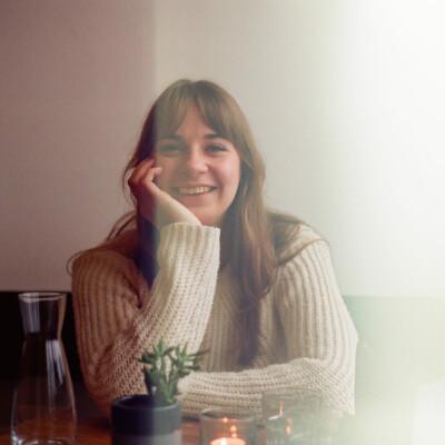 June zoekt een Kamer / Studio / Appartement in Rotterdam