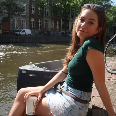 Lisa zoekt een Appartement / Kamer / Studio / Woonboot in Rotterdam